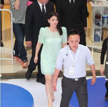 揭秘李湘怀二胎5大阶段:王岳伦曾不同意资讯生活